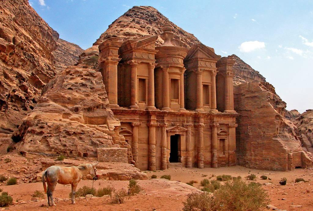 Monastère, Temple et tombeaux royaux de Pétra en Jordanie