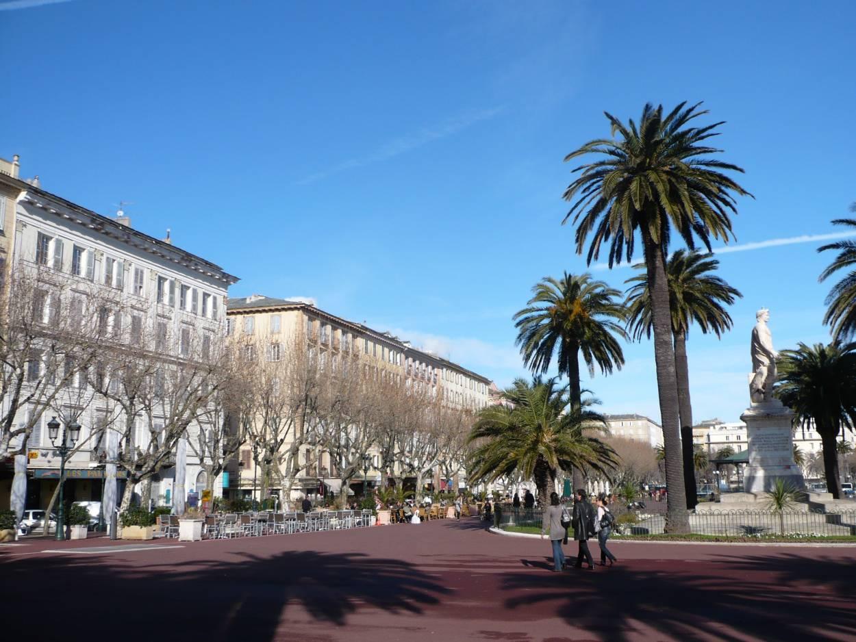 Place Saint-Nicolas à Bastia