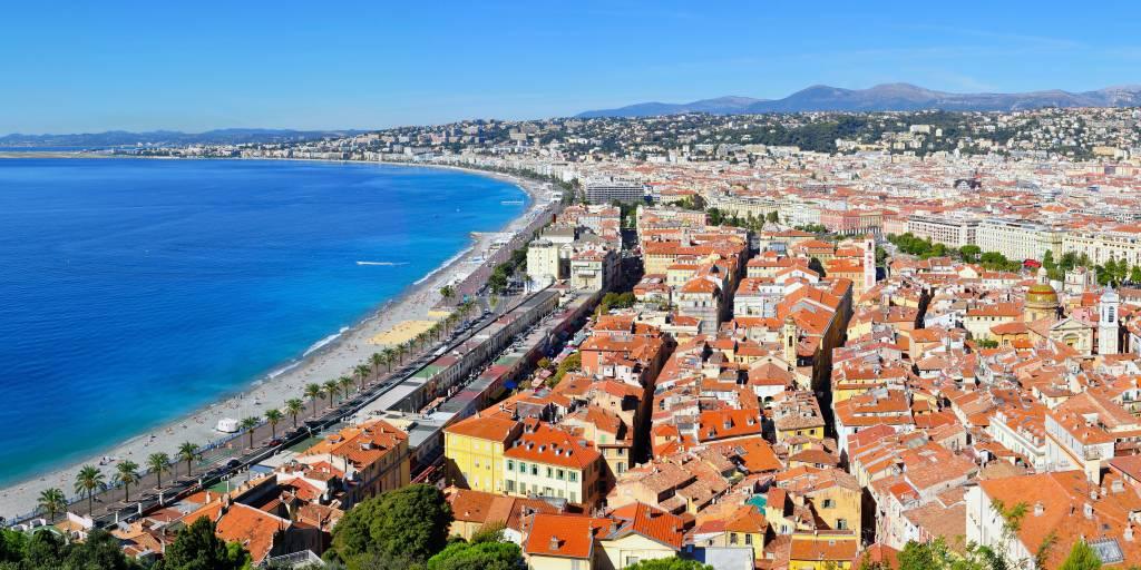 Pourquoi visiter Nice ? Promenade des anglais