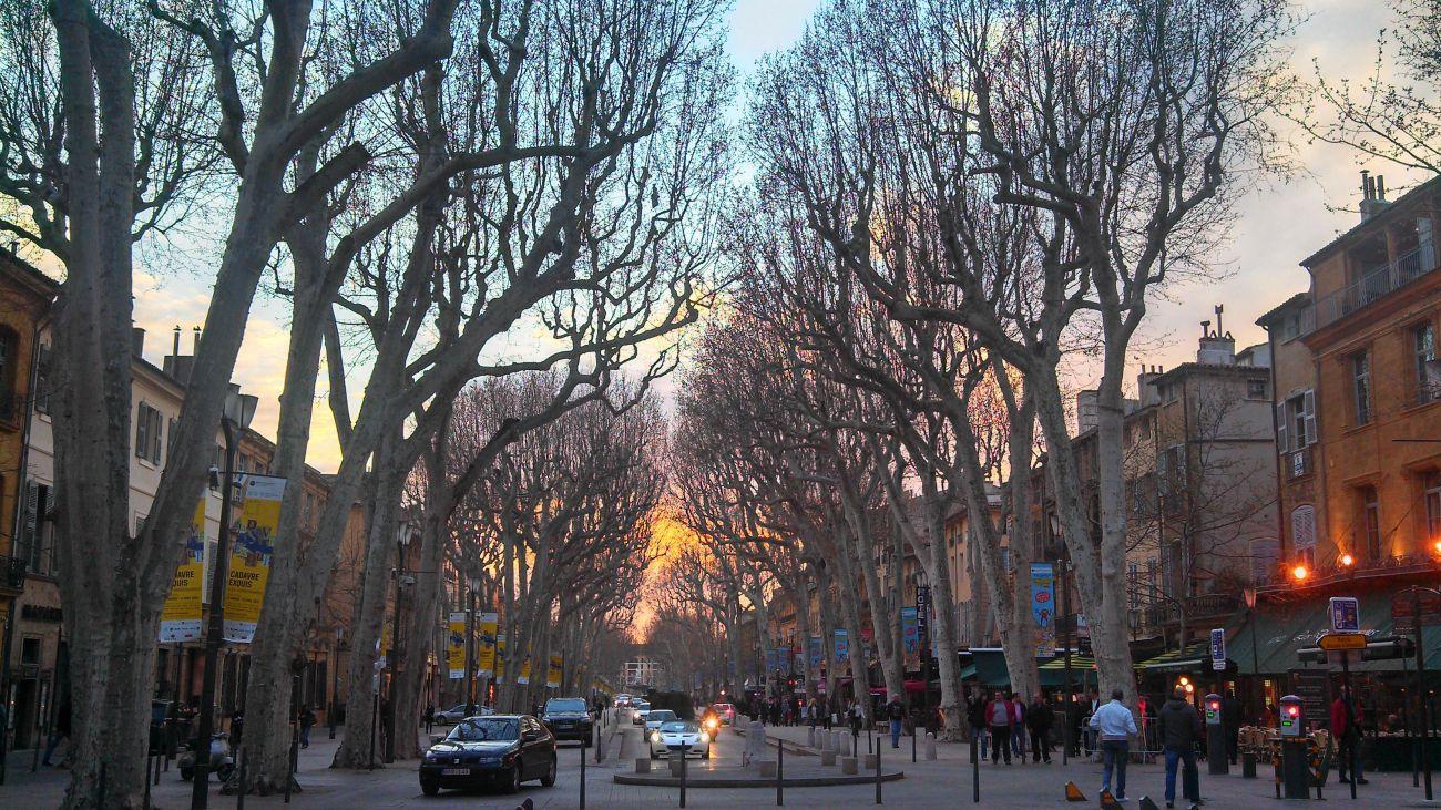 Visiter Aix-en-Provence - Cours Mirabeau