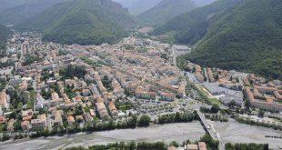 Visiter Digne-les-Bains - Vue aérienne