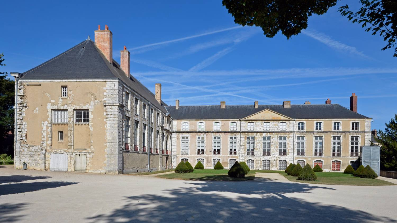 Palais épiscopal de Chartres