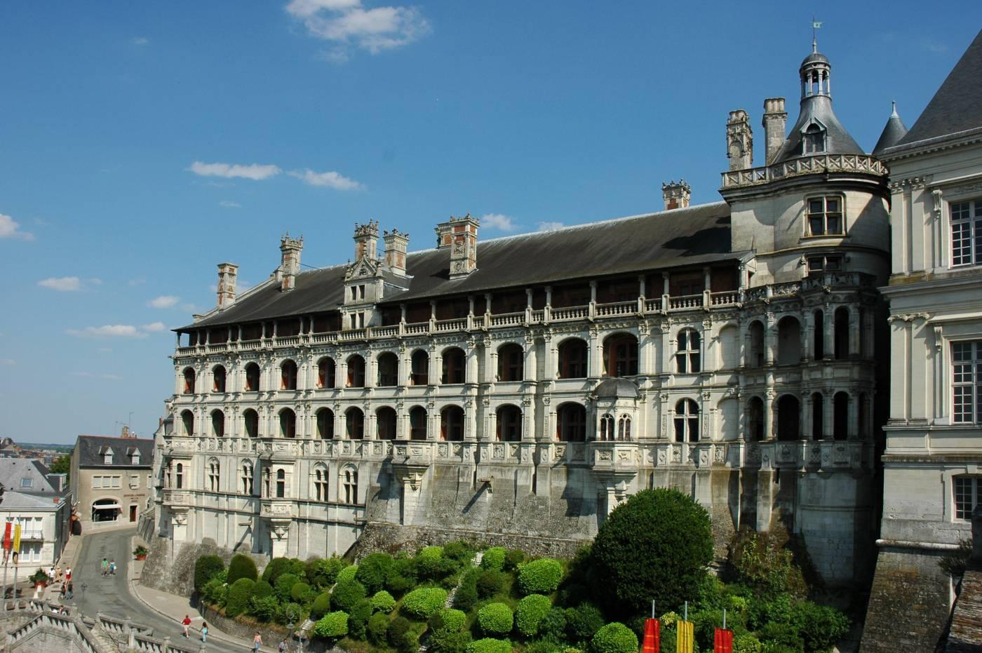 Visiter Blois - Château de Blois (façade)