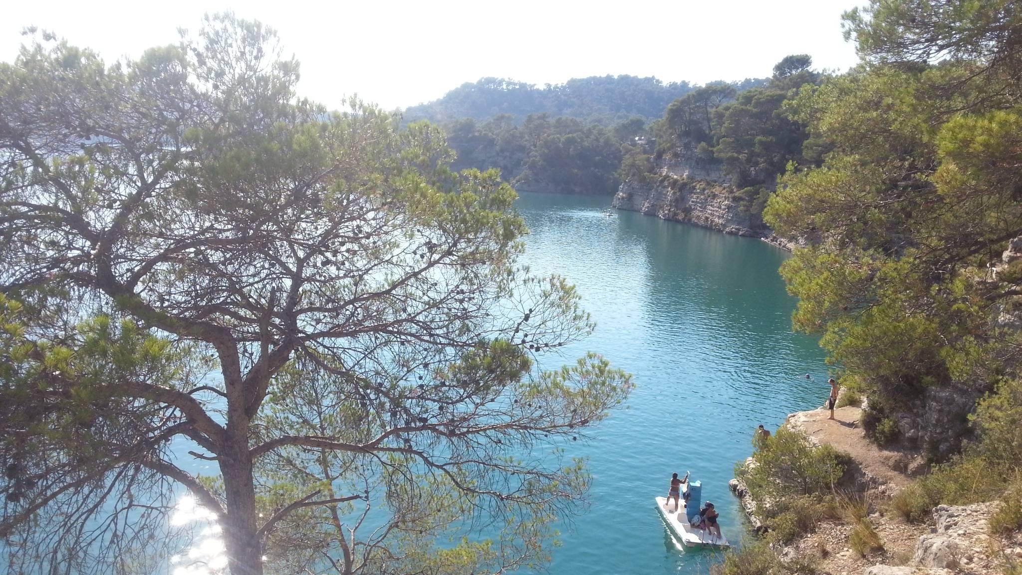 Lac Esparron dans les Gorges du Verdon