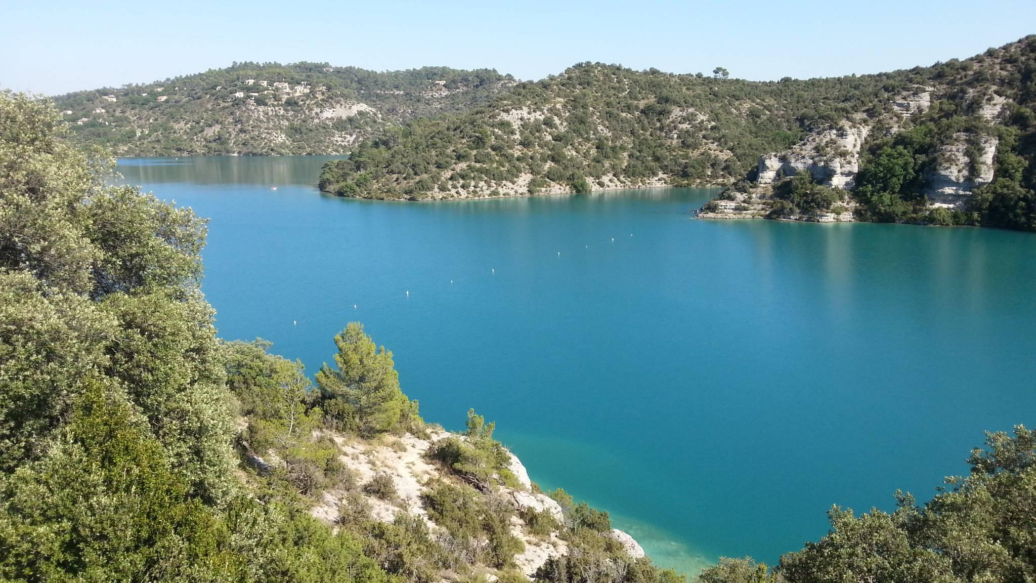 Lac dans les Gorges du Verdon