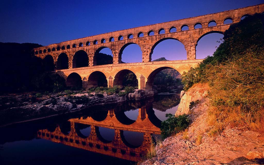 Coucher de soleil sur le Pont du Gard