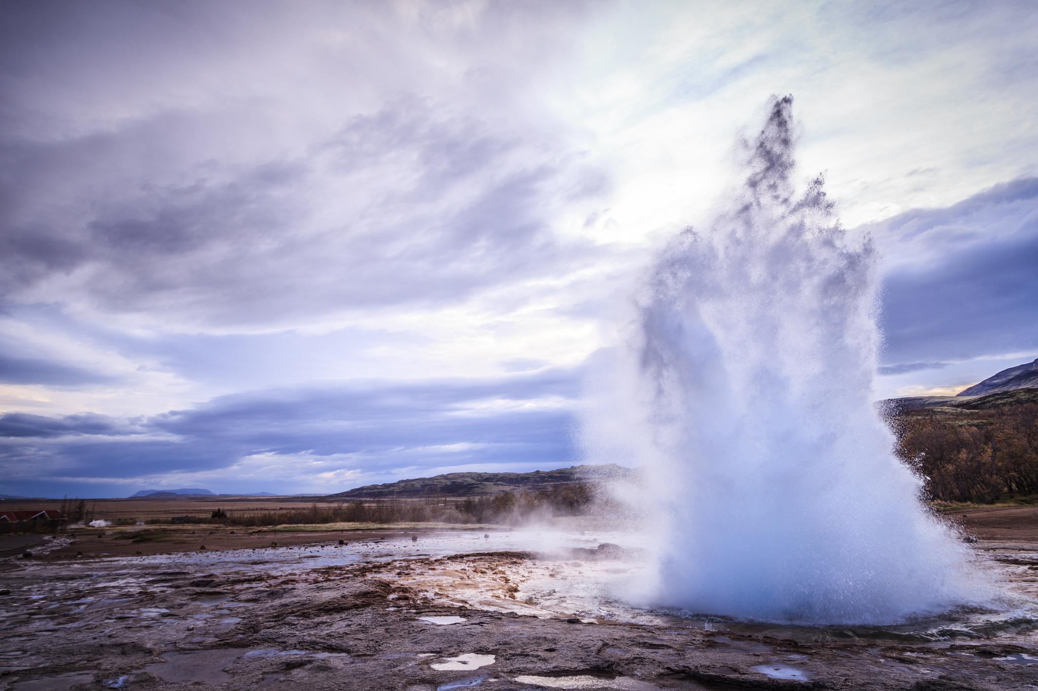 Geyser en Islande paysage