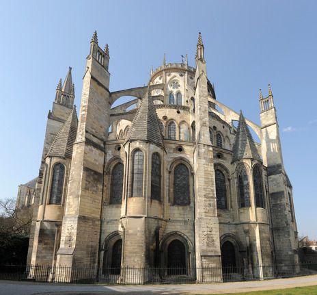 Vue arrière de la Cathédrale de Bourges