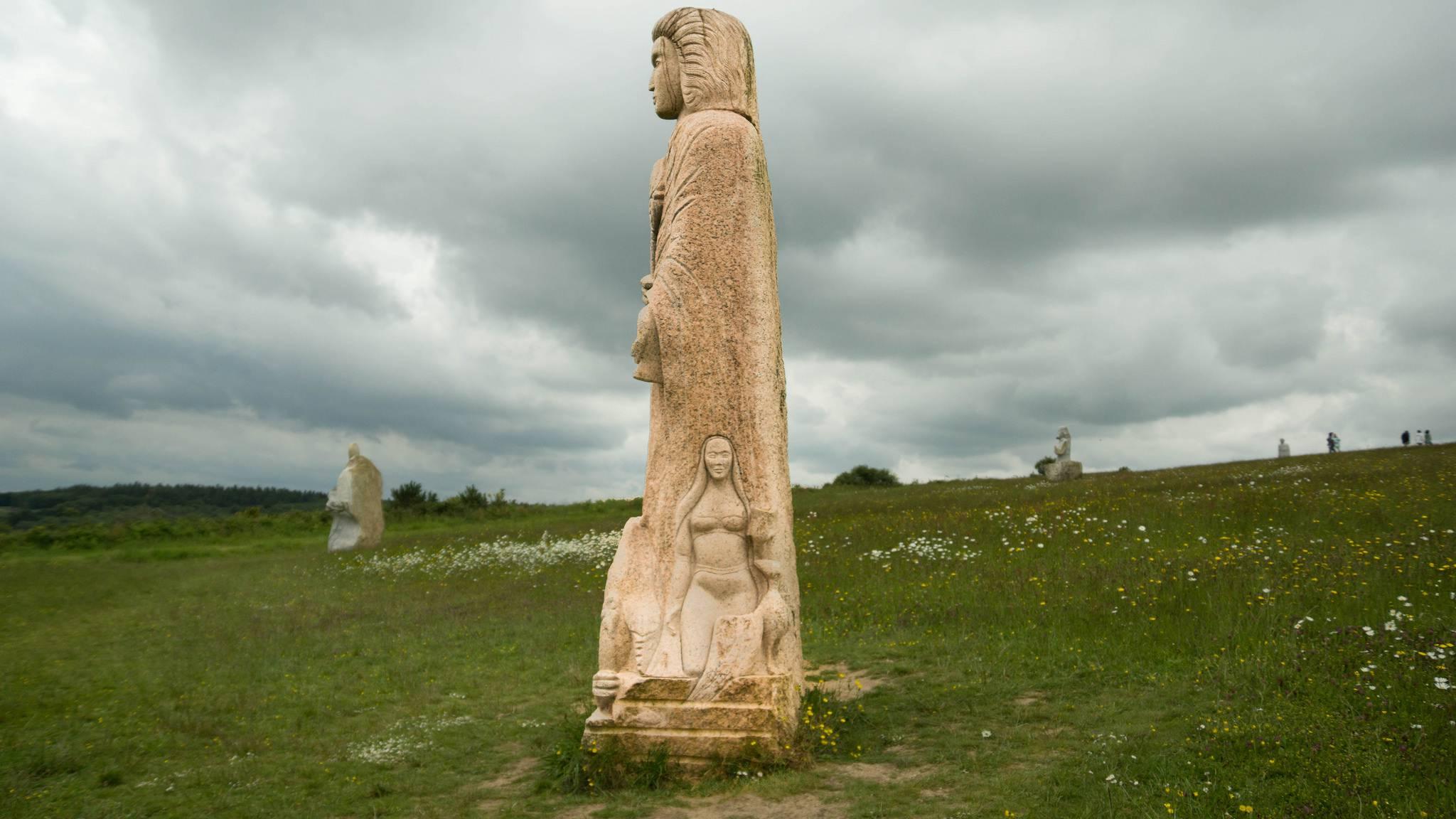Autre statue dans la vallée