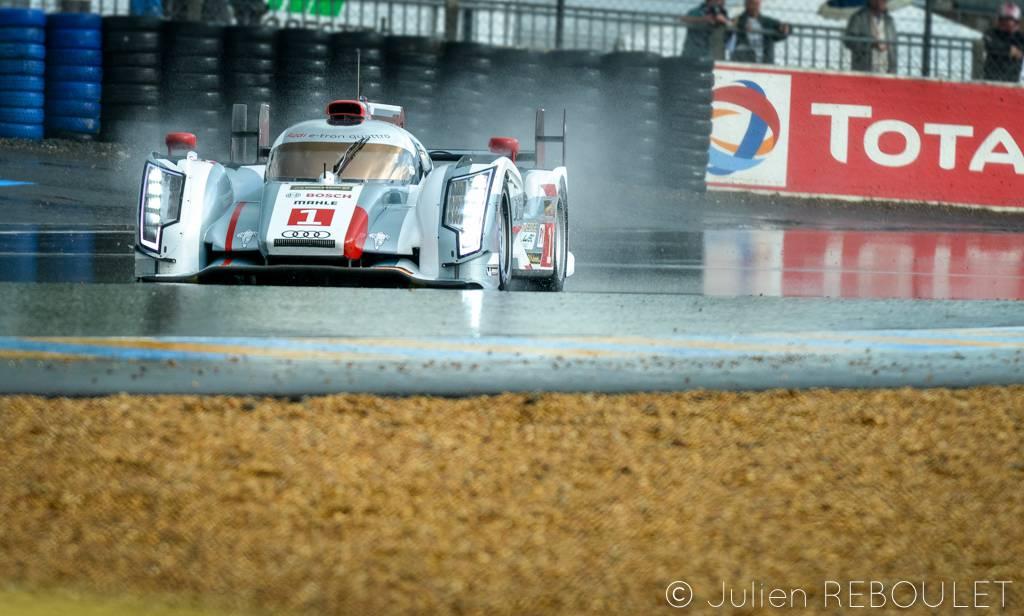 Les 24 Heures du Mans sous la pluie