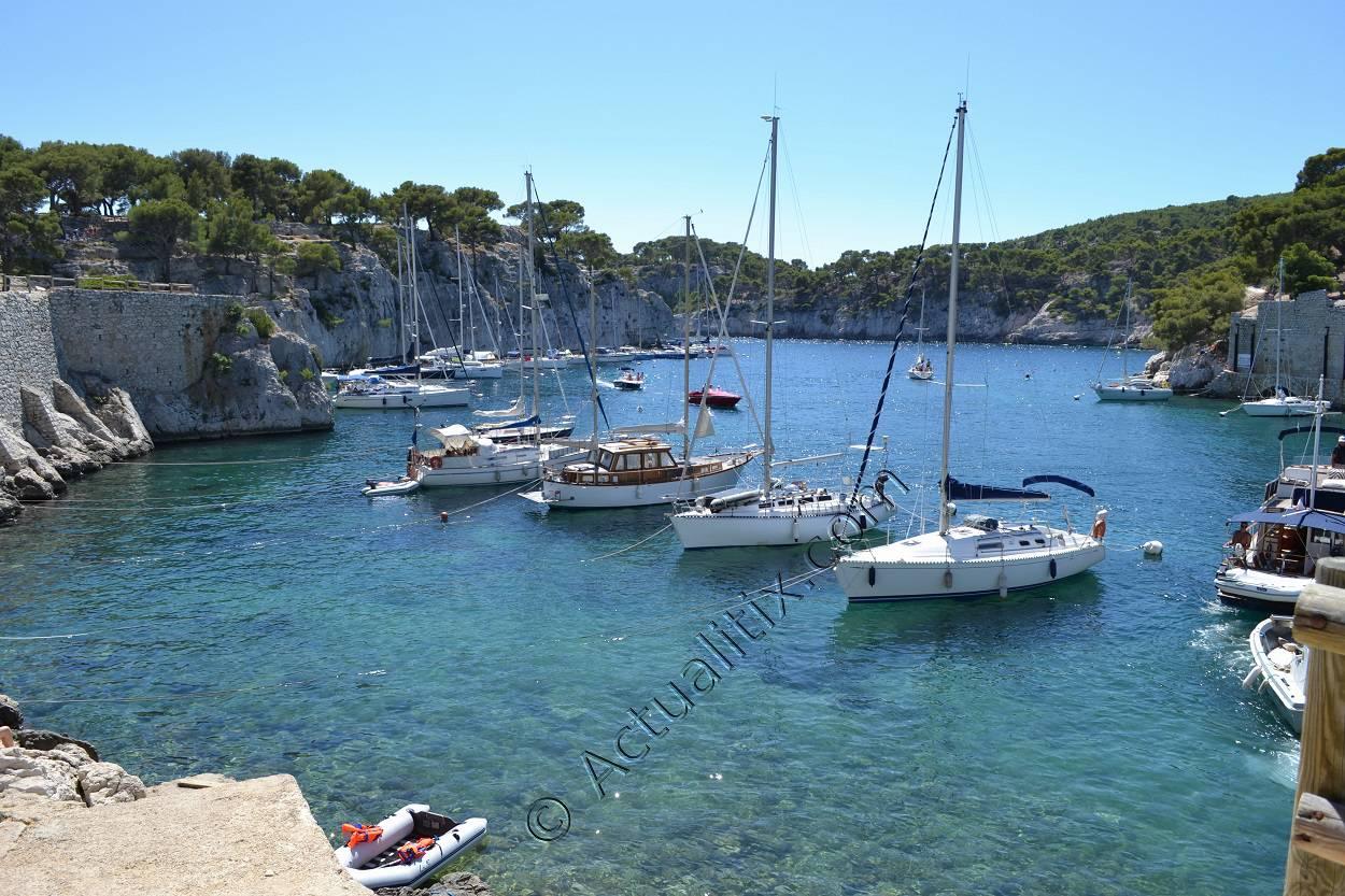 Des bateaux dans la calanque de Port-Miou