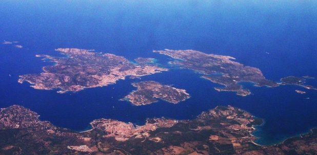 Vue aérienne de l'archipel de La Maddalena