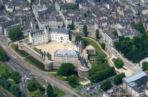 Château de Nantes vue aérienne